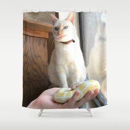 Cat No Banana Snek Shower Curtain