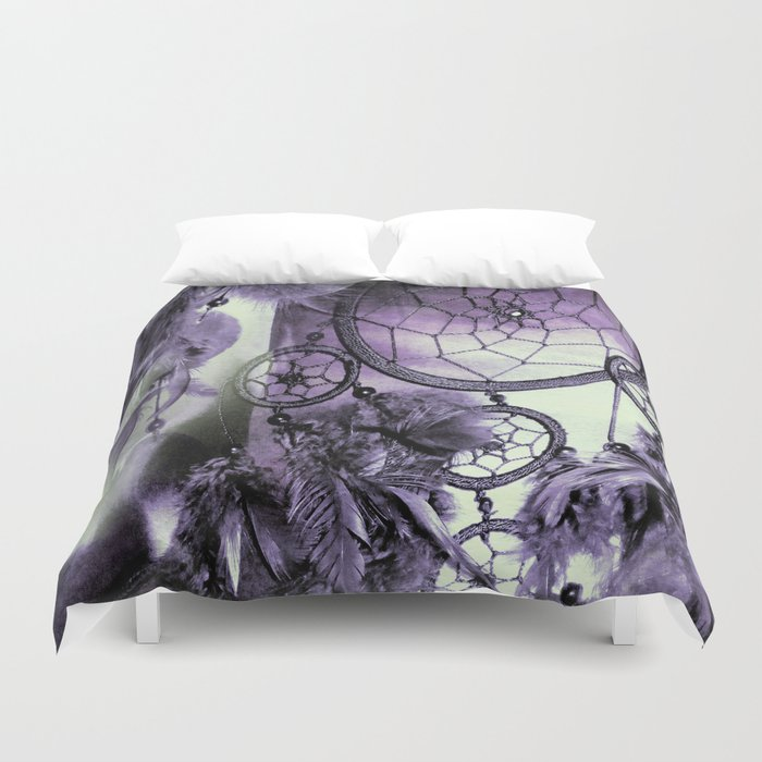 Feathered Dreams Duvet Cover