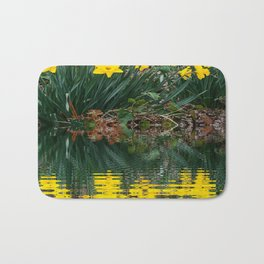 PUCE & YELLOW DAFFODILS WATER REFLECTION PATTERN Bath Mat