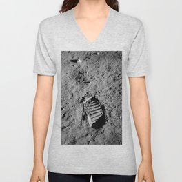 Nasa Picture 1: footprint on the moon Unisex V-Neck