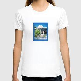 Ivan's on Jost Van Dyke, BVI- World's best honor bar! T-shirt