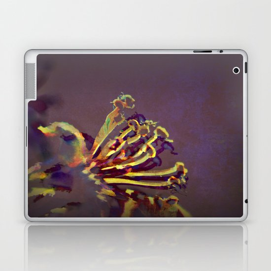 Pistils Laptop & iPad Skin