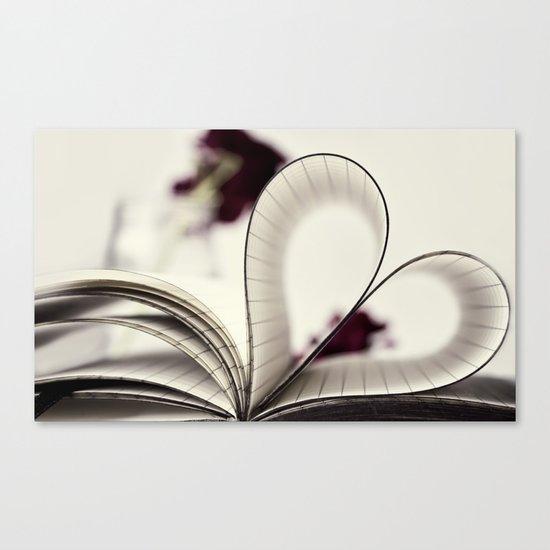 paper  heart ♥ Canvas Print