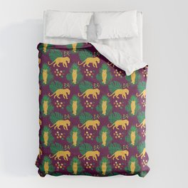 Cute African Lioness in Jungle Pattern - Animal Comforters