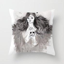 Mucho que aprender Throw Pillow