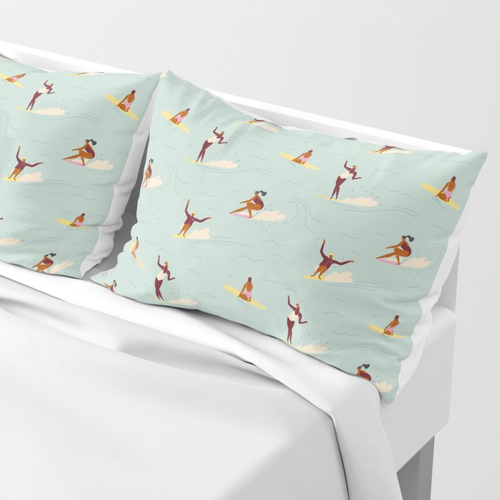 Waikiki beach Pillow Sham