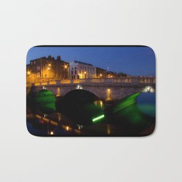 Dublin's River Liffey By Night Bath Mat