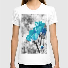 Turquoise FloWERS Pop of Color T-shirt