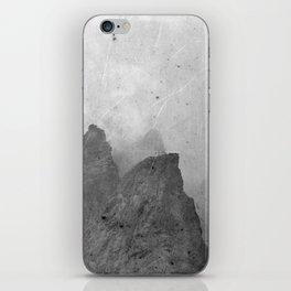 Old rocks iPhone Skin