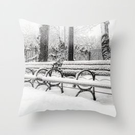 In A City Park On A Snowy Day In New York City (2021-2-GNY-250) Throw Pillow