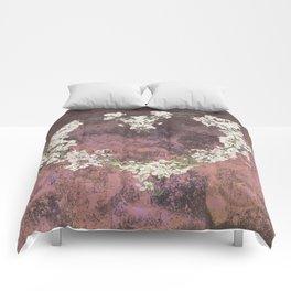 Love every day - dark version Comforters