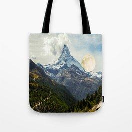 Wander trip sets the Moon Tote Bag