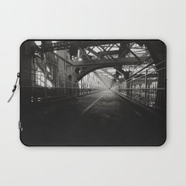 New York City: Williamsburg Bridge Laptop Sleeve
