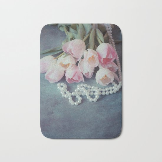 Tulips and Pearls Bath Mat