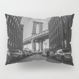 New York City Bridge (Black and White) Pillow Sham
