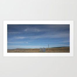 Shelter on the Tekapo to Pukaki mountain road Art Print