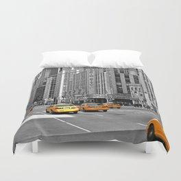 NYC Yellow Cabs Radio City Music Hall - USA Duvet Cover