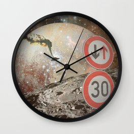 Falling UFO Wall Clock