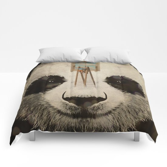 Panda window cleaner 02 Comforters