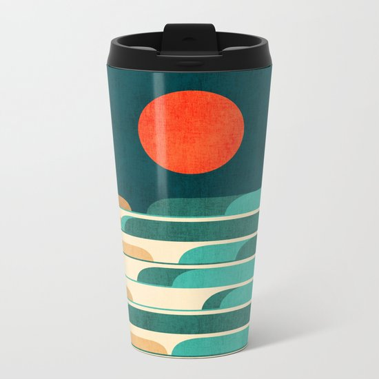 Chasing wave under the red moon Metal Travel Mug