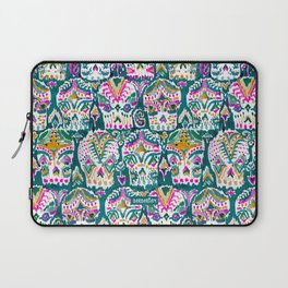 CARPE DIEM SKULLS - EMERALD Laptop Sleeve
