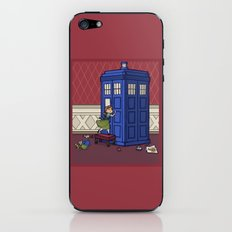 Who wants to Build a Snowman? iPhone & iPod Skin