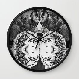 LIVE IN DREAMS Wall Clock