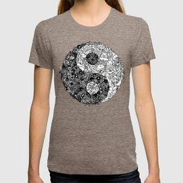 Yin Yang Doodle T-shirt