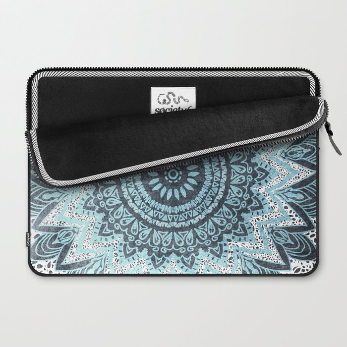 BOHOCHIC MANDALA IN BLUE Laptop Sleeve