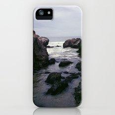 Dark and Rocky Coastline Slim Case iPhone SE