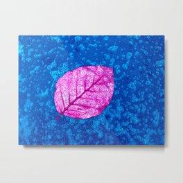 frosty pink leaf II Metal Print