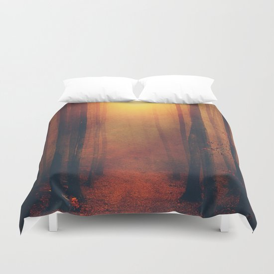 Seeking the light. Duvet Cover