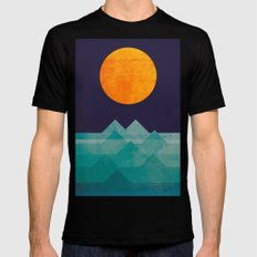 The ocean, the sea, the wave - night scene MEDIUM Mens Fitted Tee Black