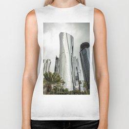 doha skyline Biker Tank