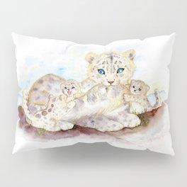Snow leopard family Pillow Sham