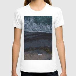 kaikoura vertical view camper coast line scenic T-shirt