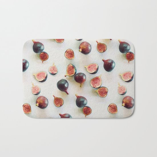 Fresh Figs on Linen Bath Mat