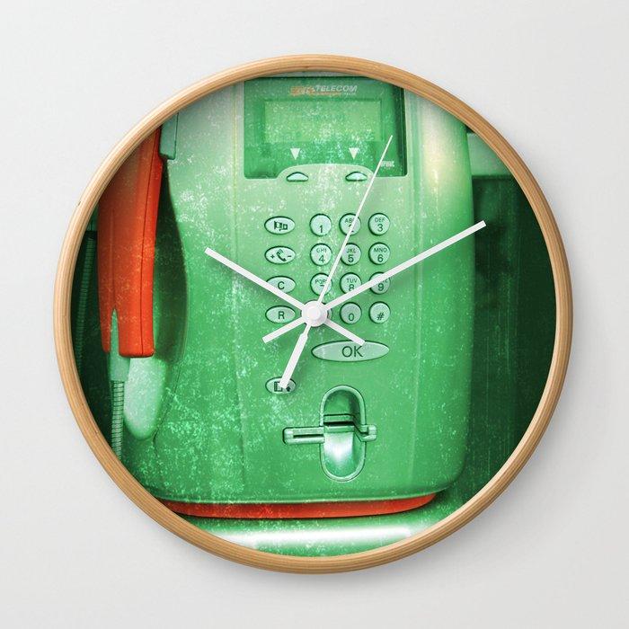 re-public Wall Clock