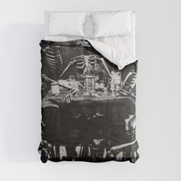 Six Skeletons Smoking Comforters