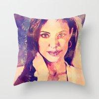 angelina jolie Throw Pillows featuring JOLIE by Ruy Arte Hewitt