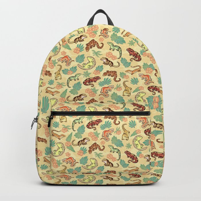 Gecko family in yellow Backpack