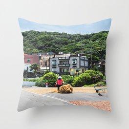 Seaweeds, Long Dong Bay, Taïwan Throw Pillow