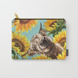 Highland Cow with Sunflowers in Blue Tasche