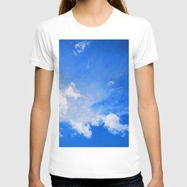 blue cloudy sky std T-shirt