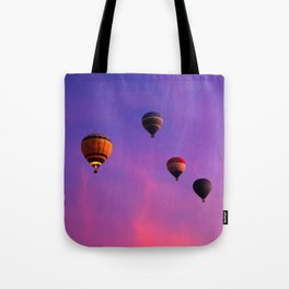 Hot Air Balloons In Flight In The Dawn Skies Over Egypt Tote Bag