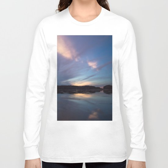 Just before the night arrives Long Sleeve T-shirt