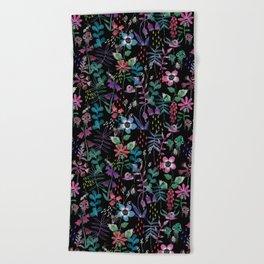 Les fleurs du mal Beach Towel