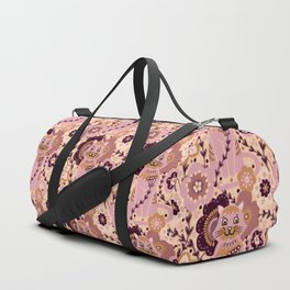 Lady Rose Cat in Flower Meadow , Vintage Pink & Brown Feline enjoying the Blooms Duffle Bag