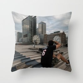 London, Canary Wharf Throw Pillow