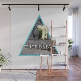 Ice cold bear Wall Mural